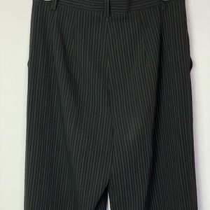 MaxMara Pants & Jumpsuits - MAX MARA Black Gray Pinstriped Trousers Size 4